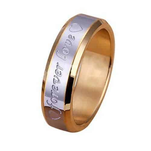 Förlovningsring i två toner guld med käleksbudskap 90b58dc4eb0ce